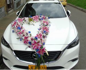 diseño carro novia,matrimonio iraniafloristeria bogota