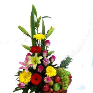 diseño flores con frutas.irania floristeria