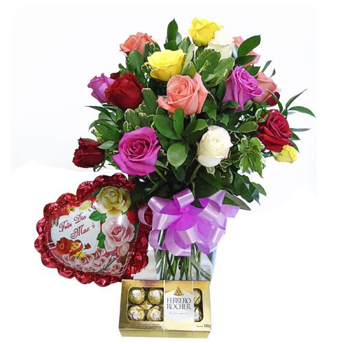 jarron 24 rosas colores chocolates y globos iraniafloristeria