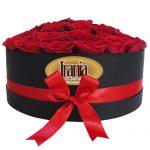 caja de rosas redonda irania floristería bogota