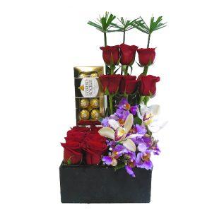 Diseño rosas con chocolate irania floristeria