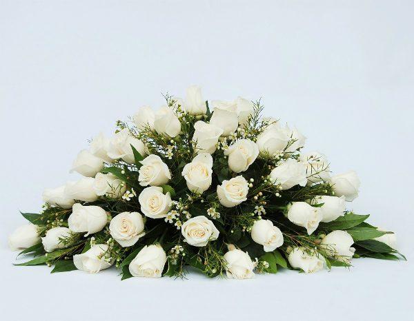 arreglo funebre cubre caja irania floristeria bogota