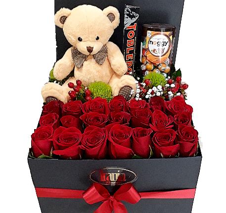 rosas con peluche y chocolates en caja , irania floristeria bogota