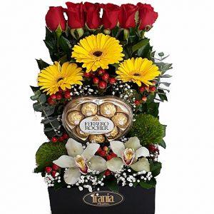arreglo rosas, chocolate ferrero corazon, irania floristeria